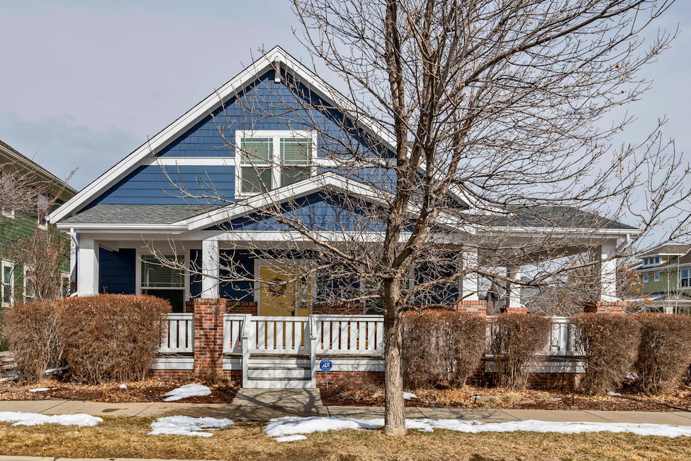 Prime Classic Cottage In Heart Of Stapleton New Perspective Real Home Interior And Landscaping Eliaenasavecom